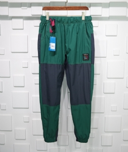 Adidas长裤