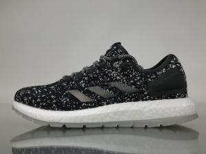 小椰子 黑白水母联名款 Adidas Pure Boost Running  Sneakerboy Glow in the dark