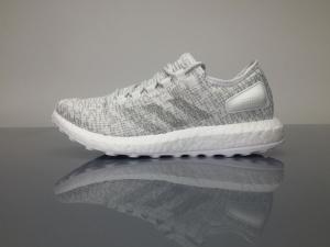 小椰子 白色 Adidas Pure Boost Running  White