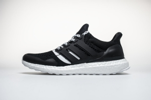 Adidas Ultra Boost 4.0 黑联名 Adidas Ultra Boost 4.0 Undefeated Black