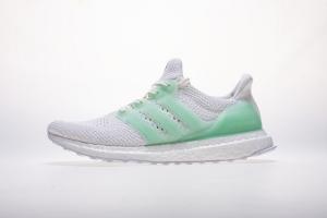 UB 团圆绿 Adidas Ultra Boost TUAN YUAN Fluorescent green