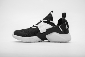 华莱士 黑白981-1 hls Nike Air Huarache City Low Black White