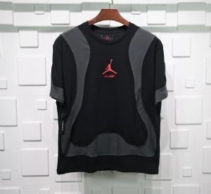 Jordan短袖