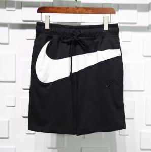 Nike短裤