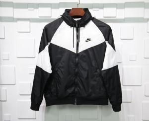 耐克衣 CL 风衣王一博 Nike Black White