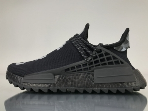 TS菲董 全黑联名 pharrell Williams x Adidas Originals HU NMD N.E.R.D