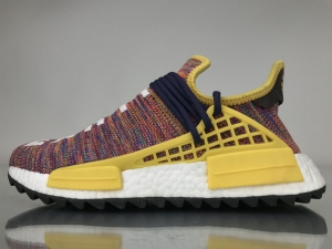 TS菲董 彩虹 pharrell Williams x Adidas Originals HU NMD Rainbow